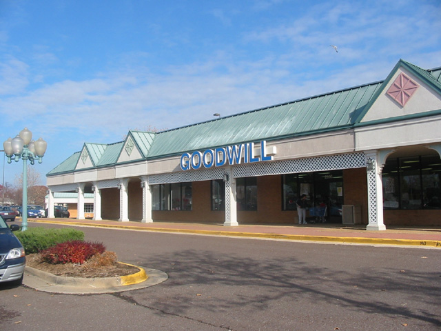 Fredericksburg Super Store